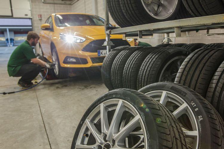 Sport-Auto-summer-tyre-test-2016-235-40-R18-Y-2